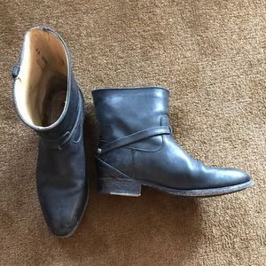 Frye Low Riding Boots